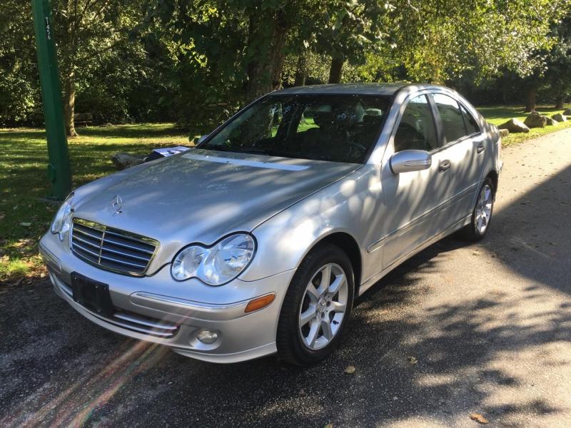 Mercedes-Benz C-Class 2005 price $4,950