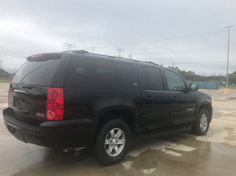 GMC YUKON XL 2012 price $12,995