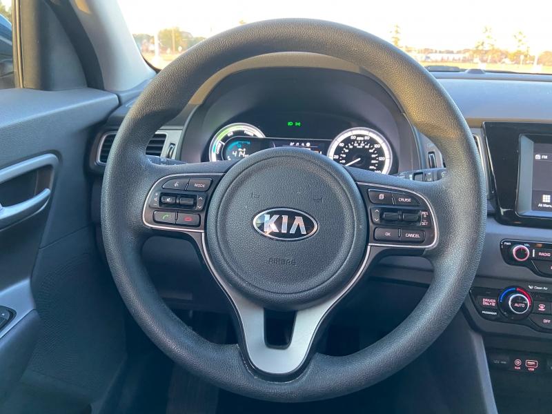 KIA NIRO 2018 price $8,995