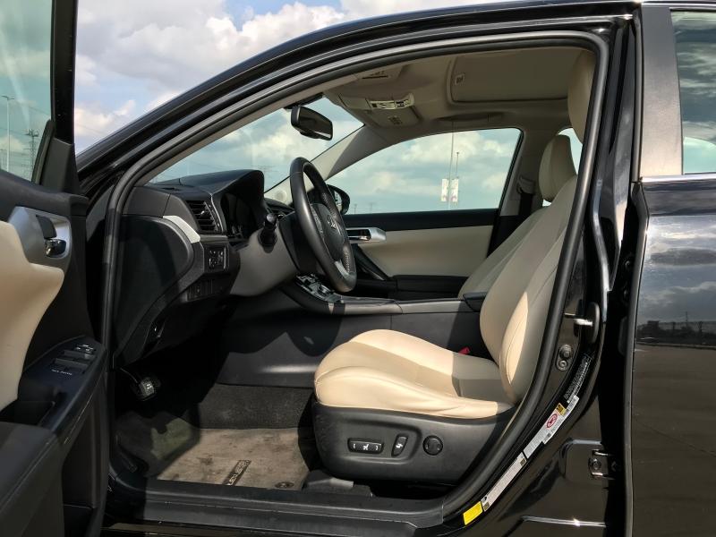 LEXUS CT 2012 price $10,995