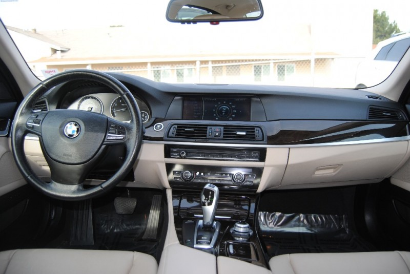 BMW 5-Series 2011 price $12,988