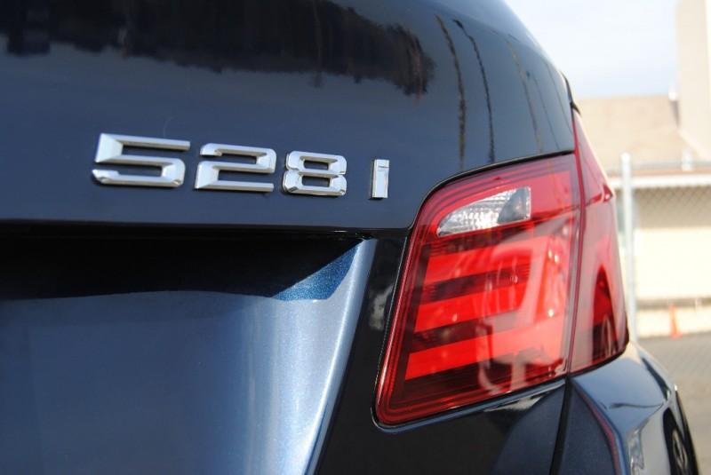 BMW 5-Series 2011 price $12,988