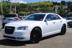 Chrysler 300 2016