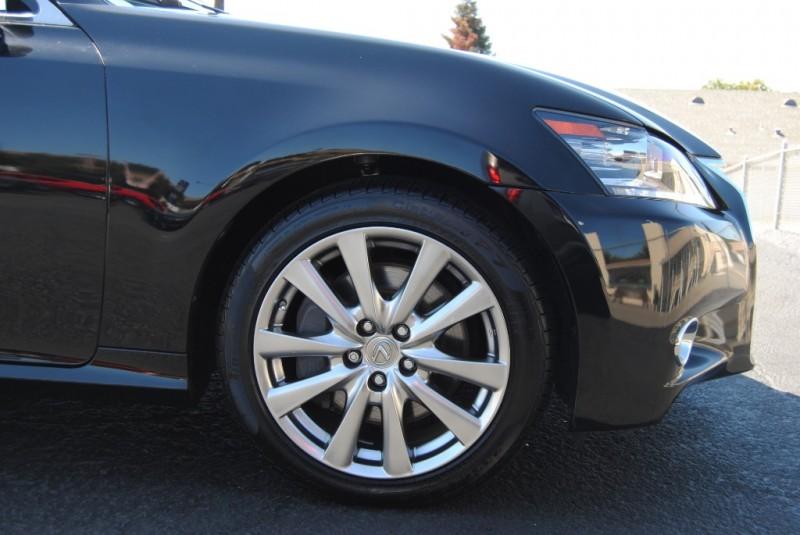 Lexus GS 350 2015 price $20,777