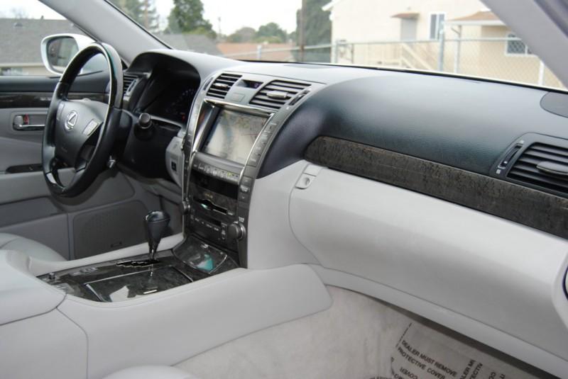 Lexus LS 460 2008 price $16,888