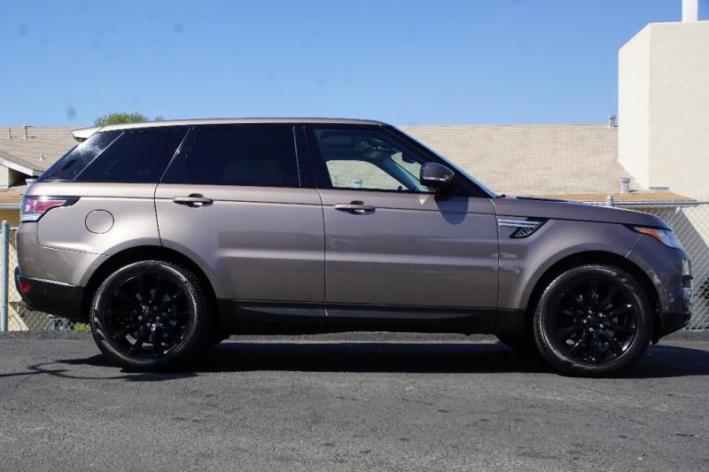 Land Rover Range Rover Sport 2015 price $33,888