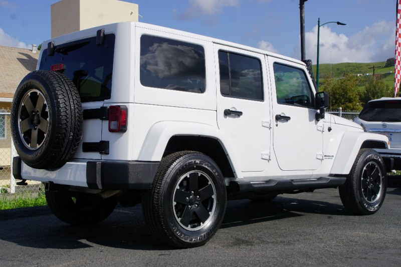 Jeep Wrangler Unlimited 2012 price $27,888