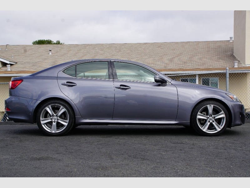 Lexus IS 250 2013 price $16,488