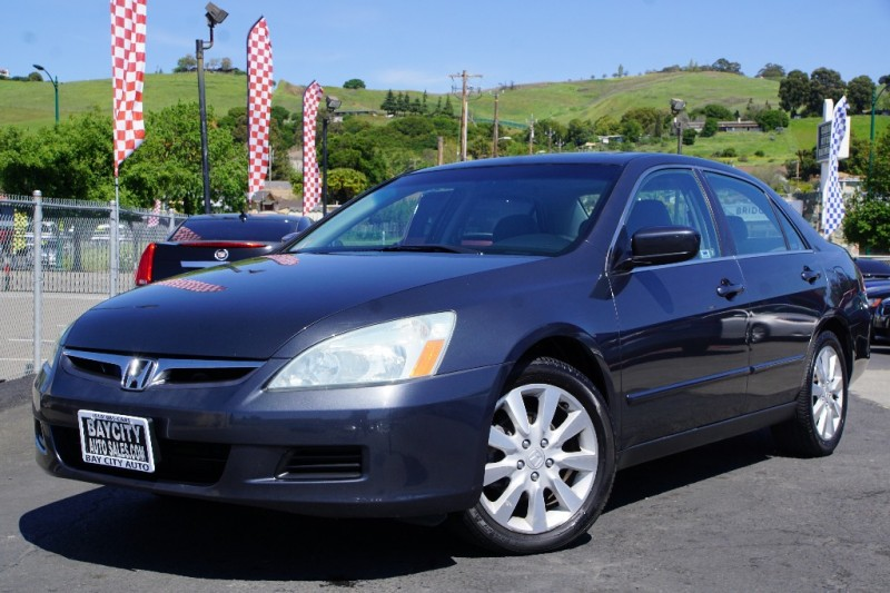 Honda Accord Sdn 2006 price $8,988