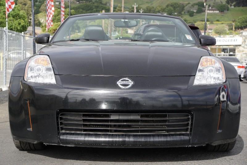 Nissan 350Z 2004 price $9,888