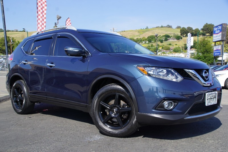 Nissan Rogue 2015 price $16,888