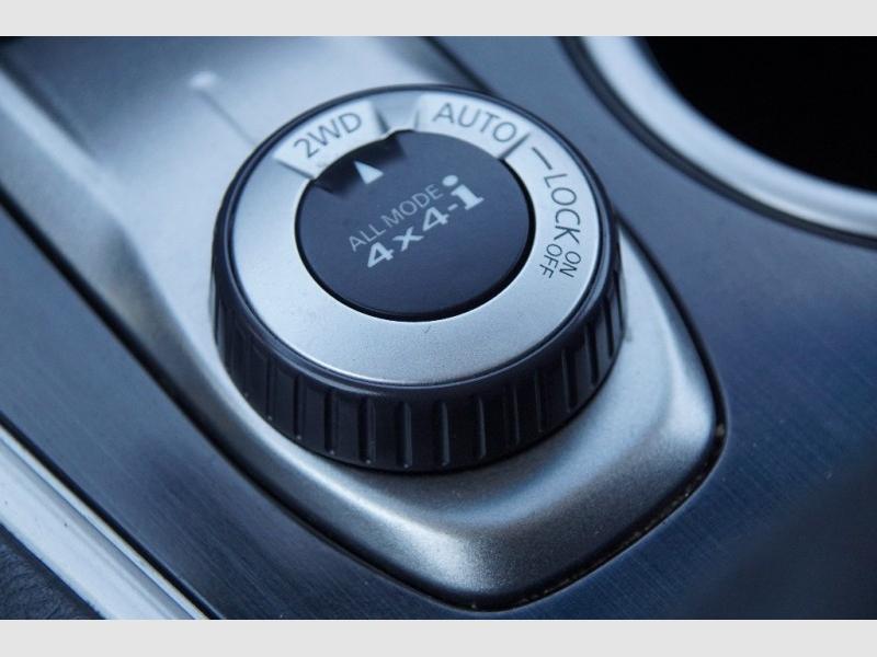 Nissan Pathfinder 2013 price $12,888