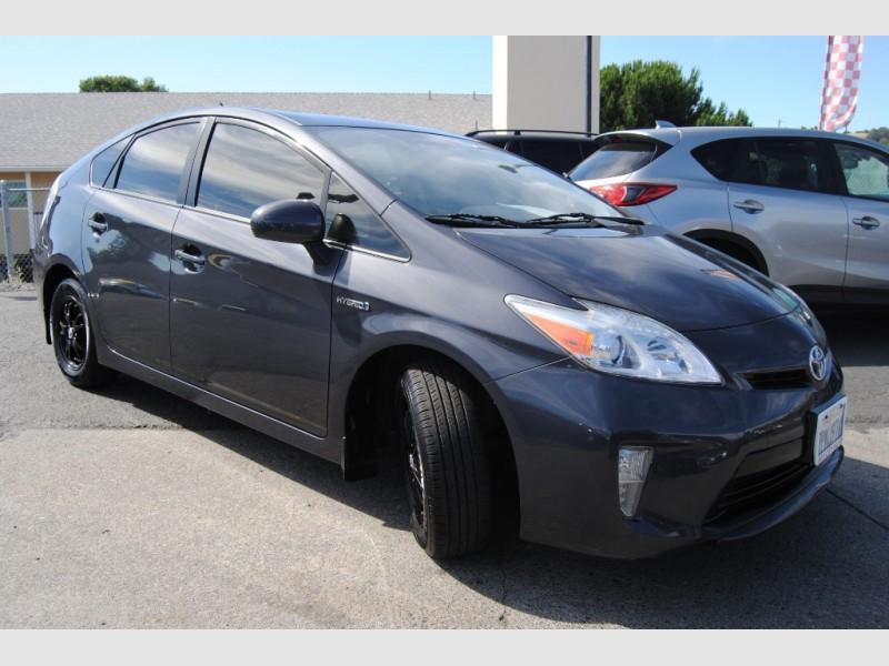 Toyota Prius 2012 price $11,888