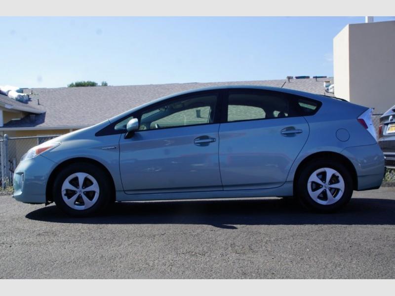 Toyota Prius 2015 price $13,988