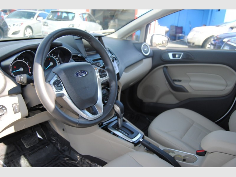 Ford Fiesta 2014 price $11,888