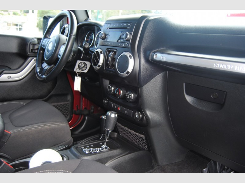 Jeep Wrangler Unlimited 2013 price $22,888