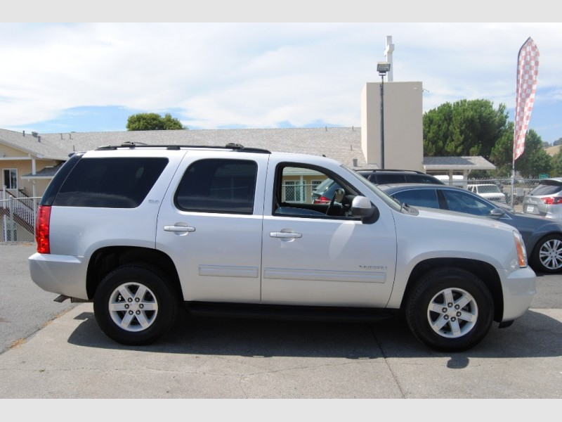 GMC Yukon 2012 price $17,988