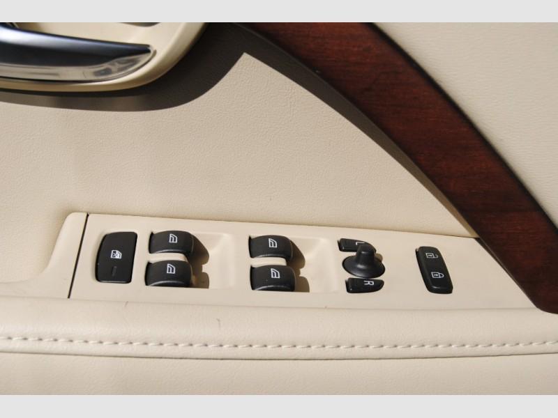 Volvo S80 2010 price $8,888
