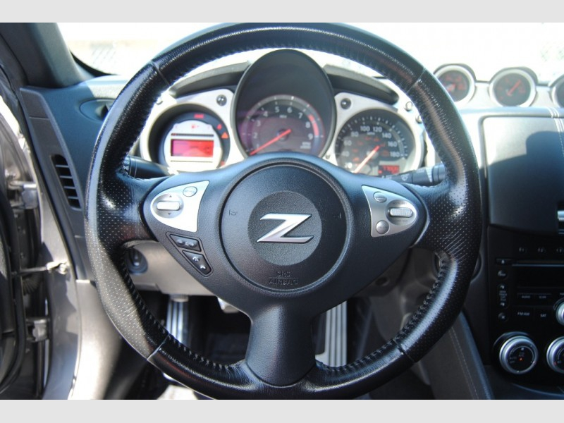 Nissan 370Z 2012 price $18,888