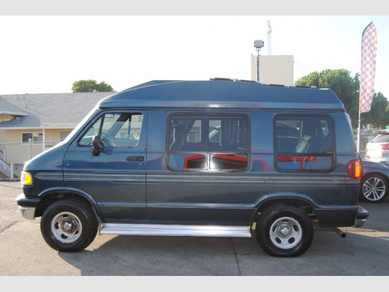 Dodge RAM VAN B2500 1996 price $6,888