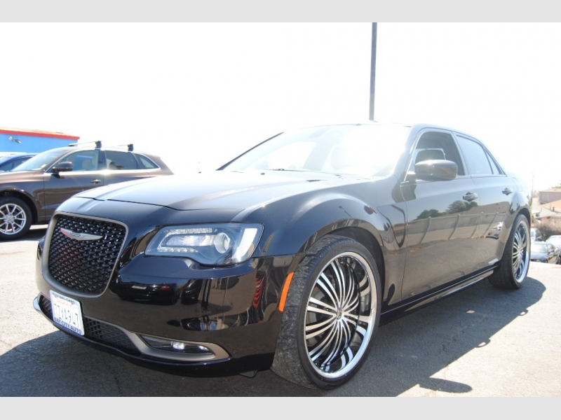 Chrysler 300 2016 price $19,888