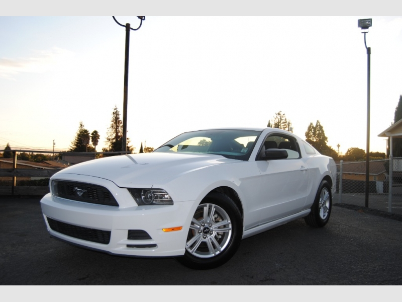 Ford Mustang 2014 price $12,888