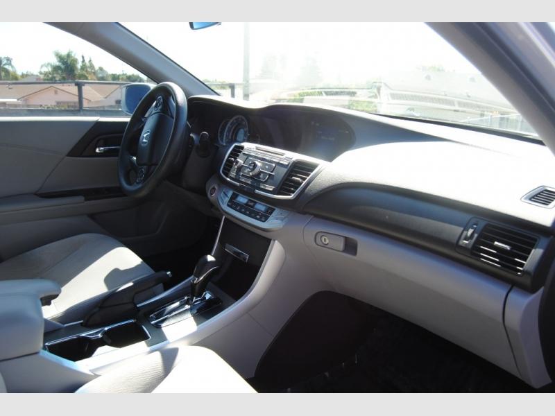 Honda Accord Sdn 2013 price $14,888