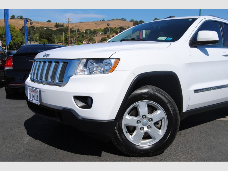 Jeep Grand Cherokee 2013 price $15,888