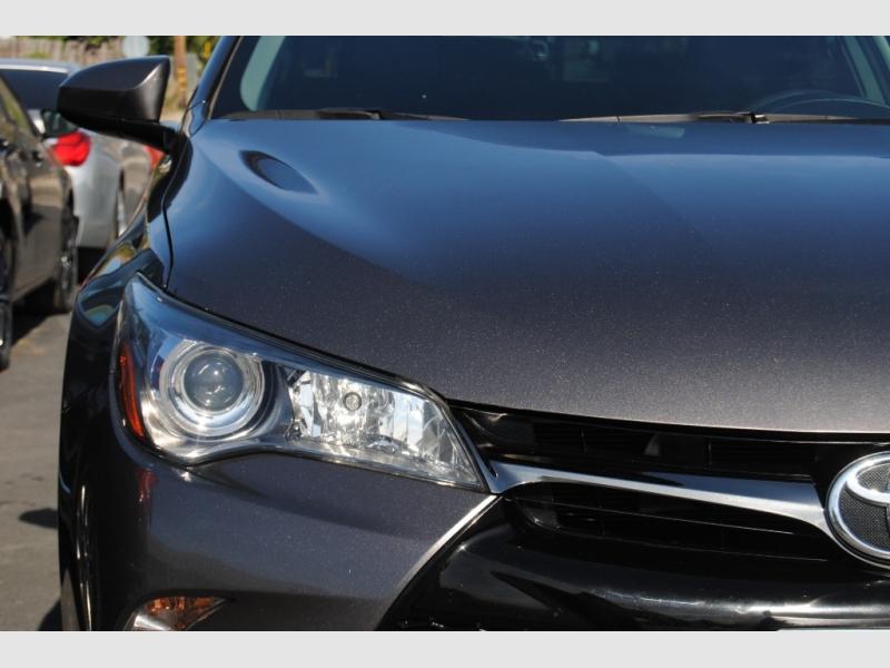 Toyota Camry 2017 price $17,888