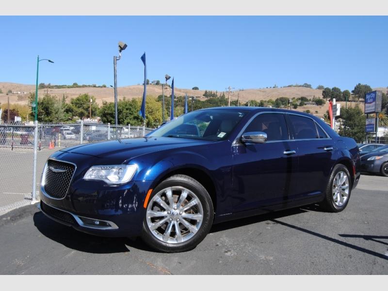 Chrysler 300 2016 price $13,888