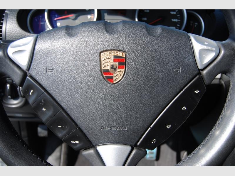 Porsche Cayenne 2010 price $17,888
