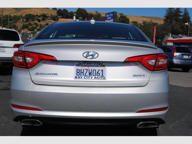 Hyundai Sonata 2015 price $10,888