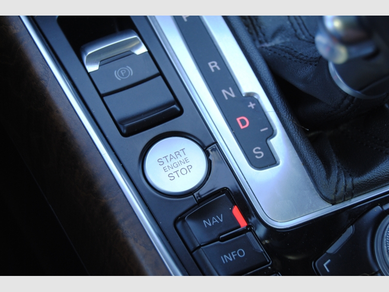 Audi Q5 2012 price $15,888