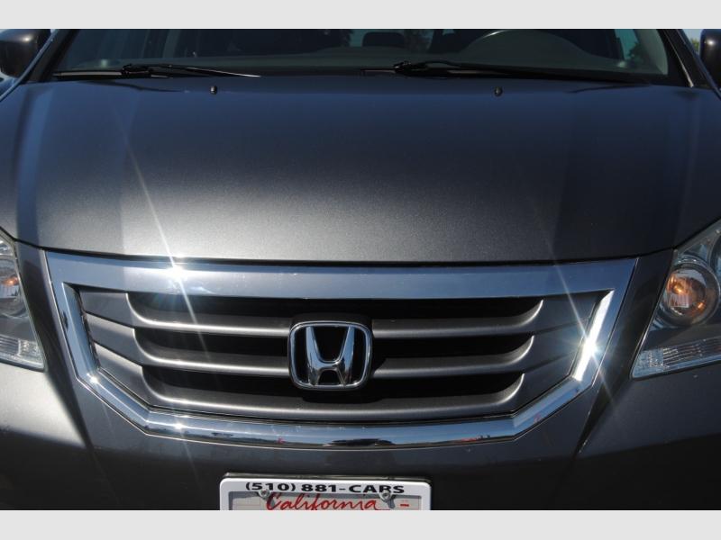 Honda Odyssey 2010 price $10,888
