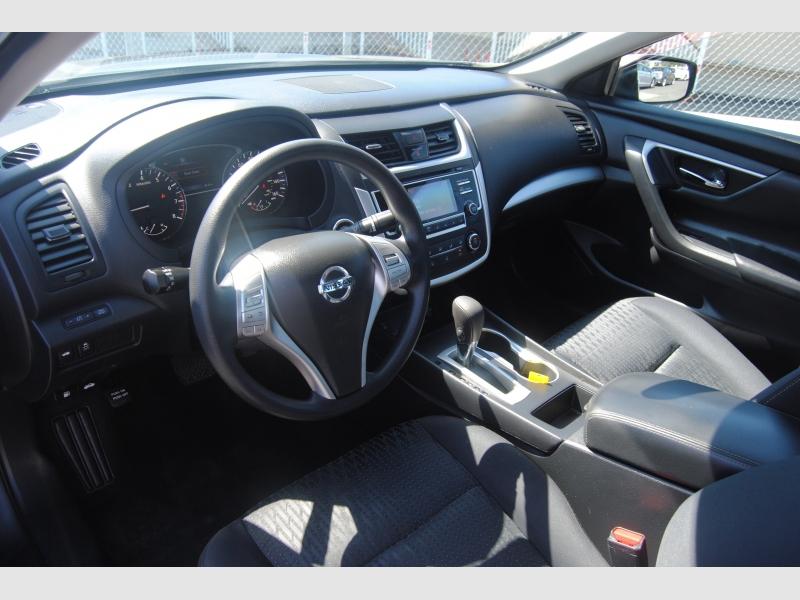 Nissan Altima 2017 price $12,888