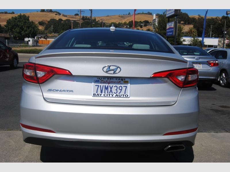 Hyundai Sonata 2017 price $11,888