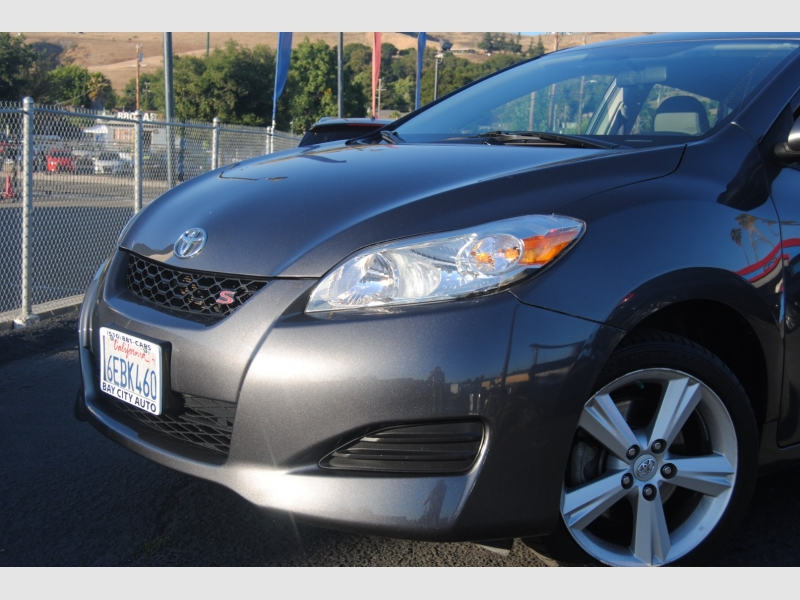 Toyota Matrix 2009 price $7,888