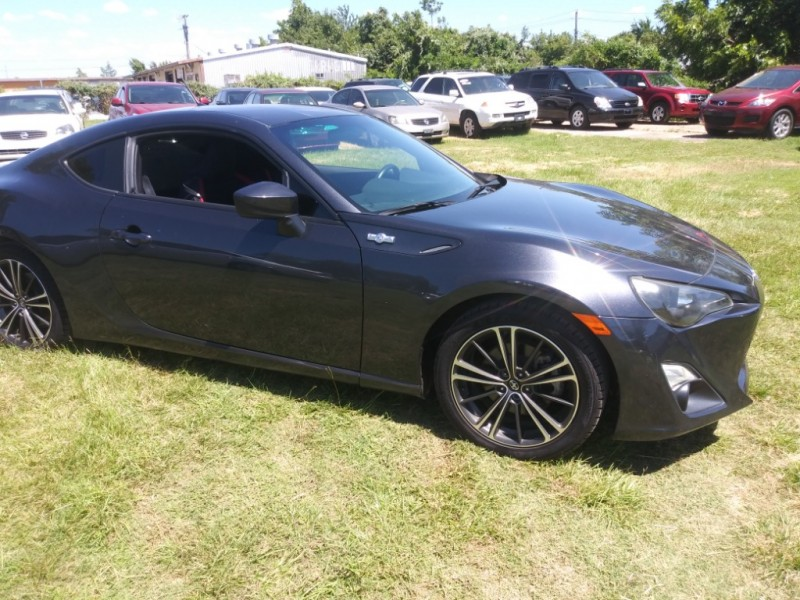 Scion FR-S 2013 price $12,999