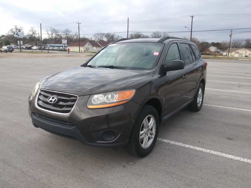 Hyundai Santa Fe 2011 price $7,999