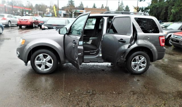 Ford Escape 2009 price $6,395
