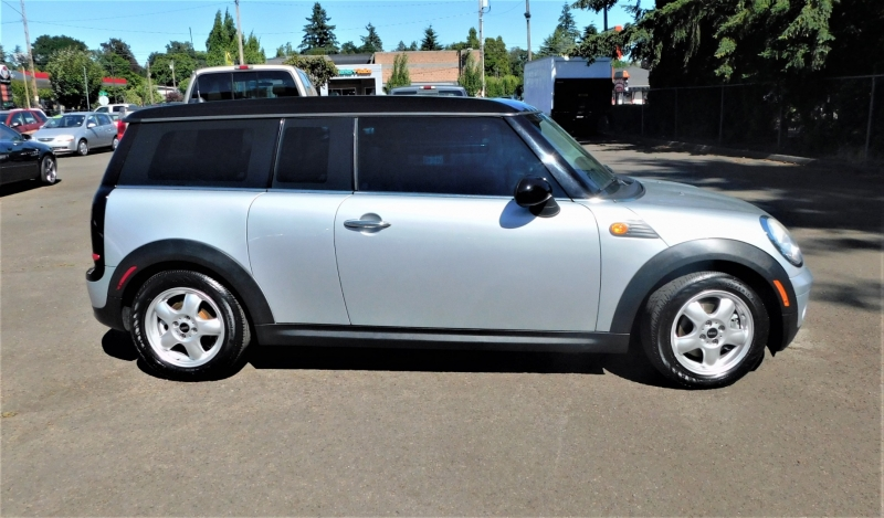 Mini Cooper Clubman 2009 price $6,995