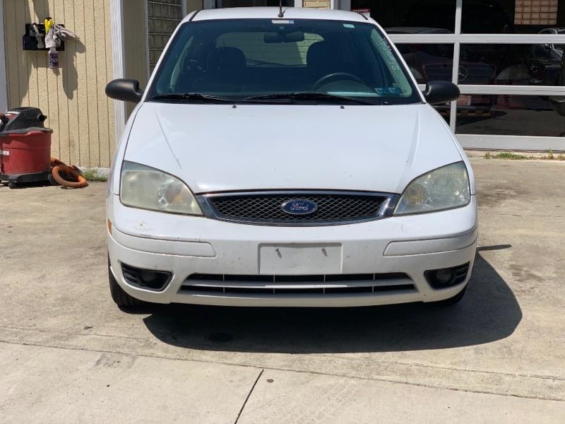 Ford Focus 2006 price $2,950