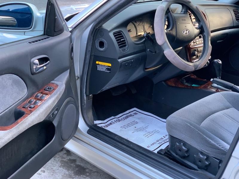 Hyundai Sonata 2003 price $2,950