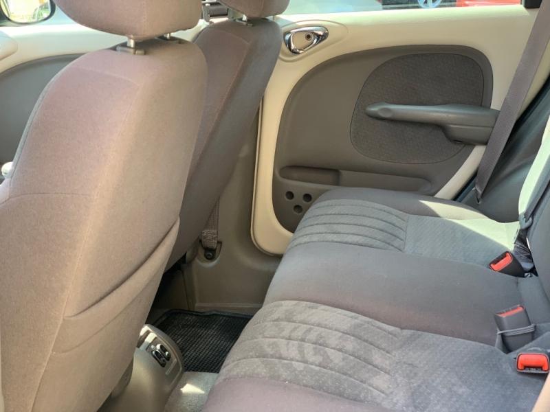 Chrysler PT Cruiser 2005 price $2,150