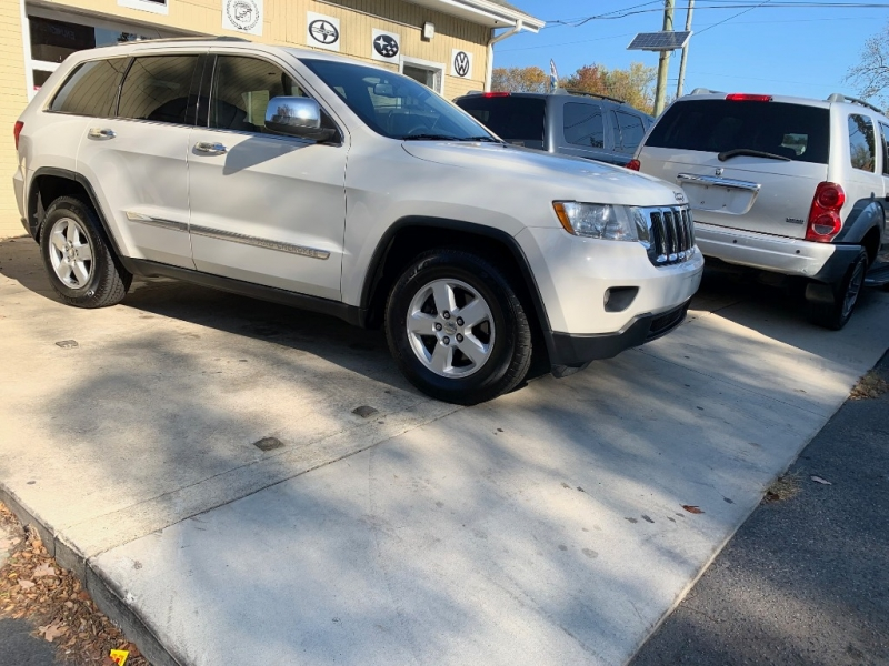Jeep Grand Cherokee 2011 price $8,950