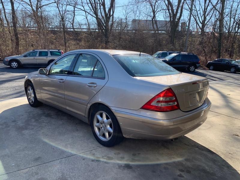 Mercedes-Benz C-Class 2002 price $4,450