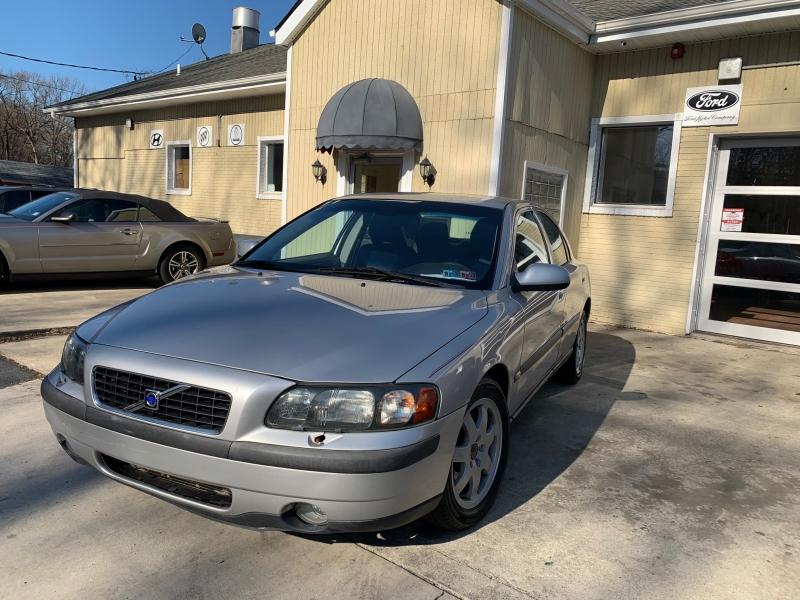 Volvo S60 2003 price $3,450