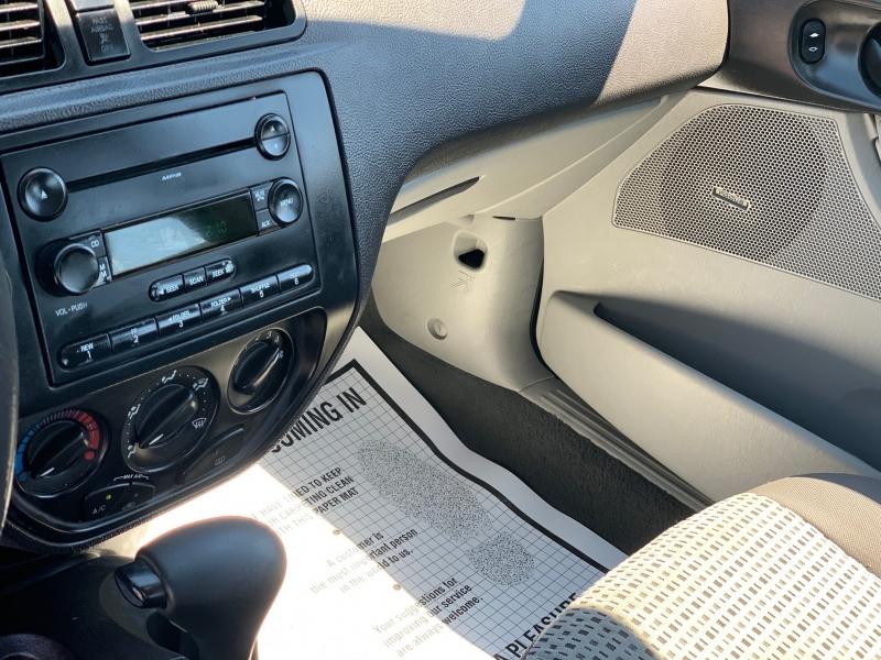 Ford Focus 2007 price $3,750