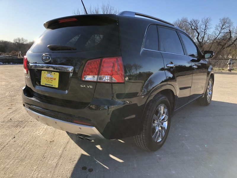 KIA SORENTO 2011 price $6,988
