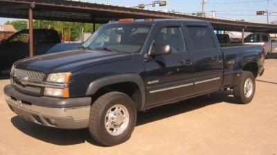 """2004 Chevrolet Silverado 2500 Crew Cab Crew Cab 153.0"""" WB 4WD LS"""